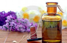 aromatherapy-essential-oil-extrac
